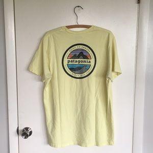 PATAGONIA Light Yellow Mountain Graphic T-Shirt L